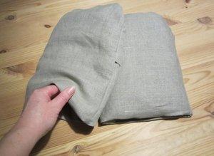 Wheat Pillow Mitten